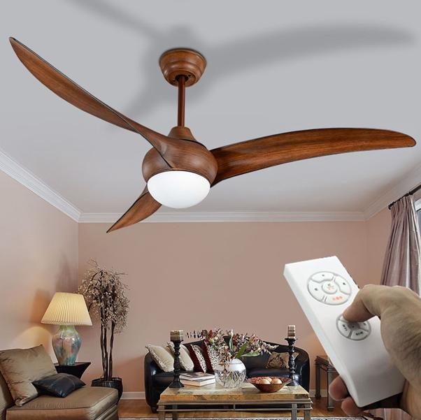 Khả năng vận hành của quạt trần cánh gỗ ổn định, không phát ra tiếng ồn